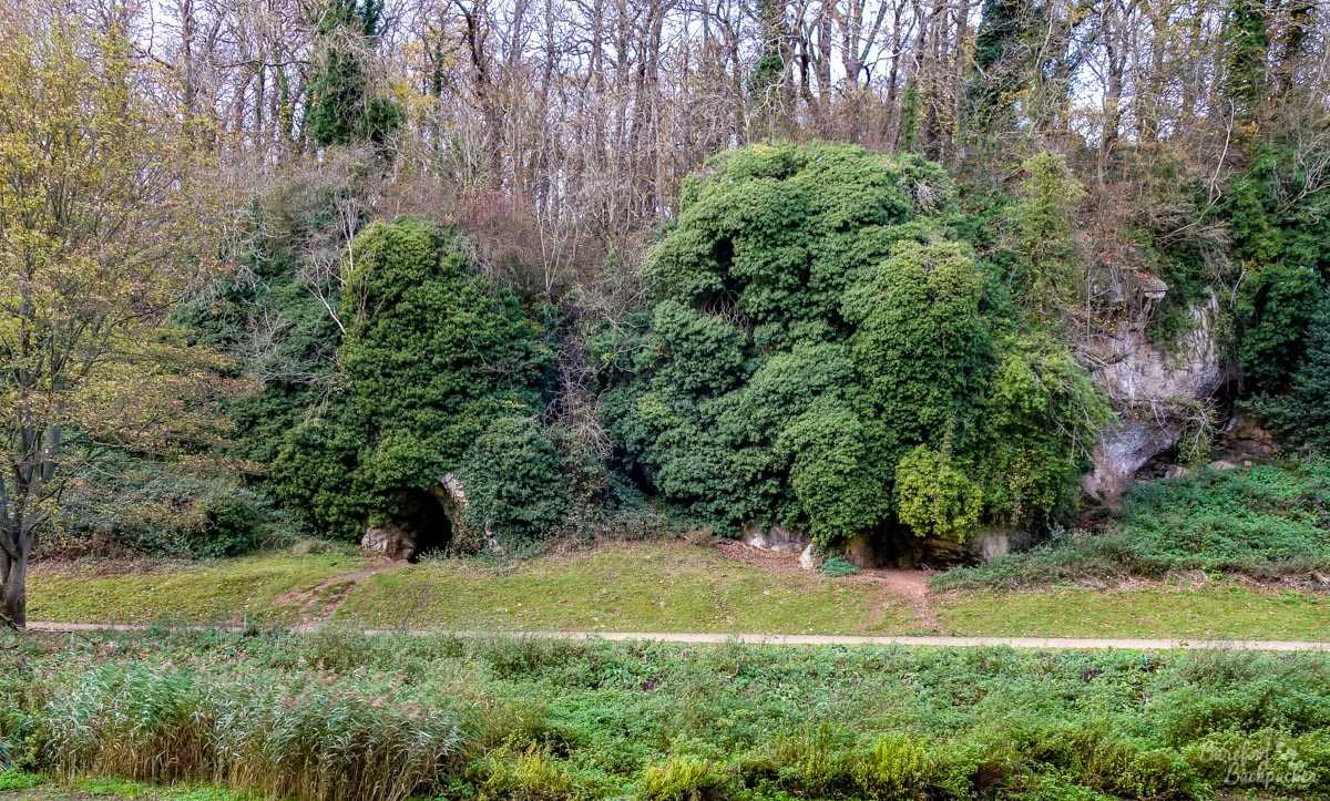 Small caves at Creswell Crags