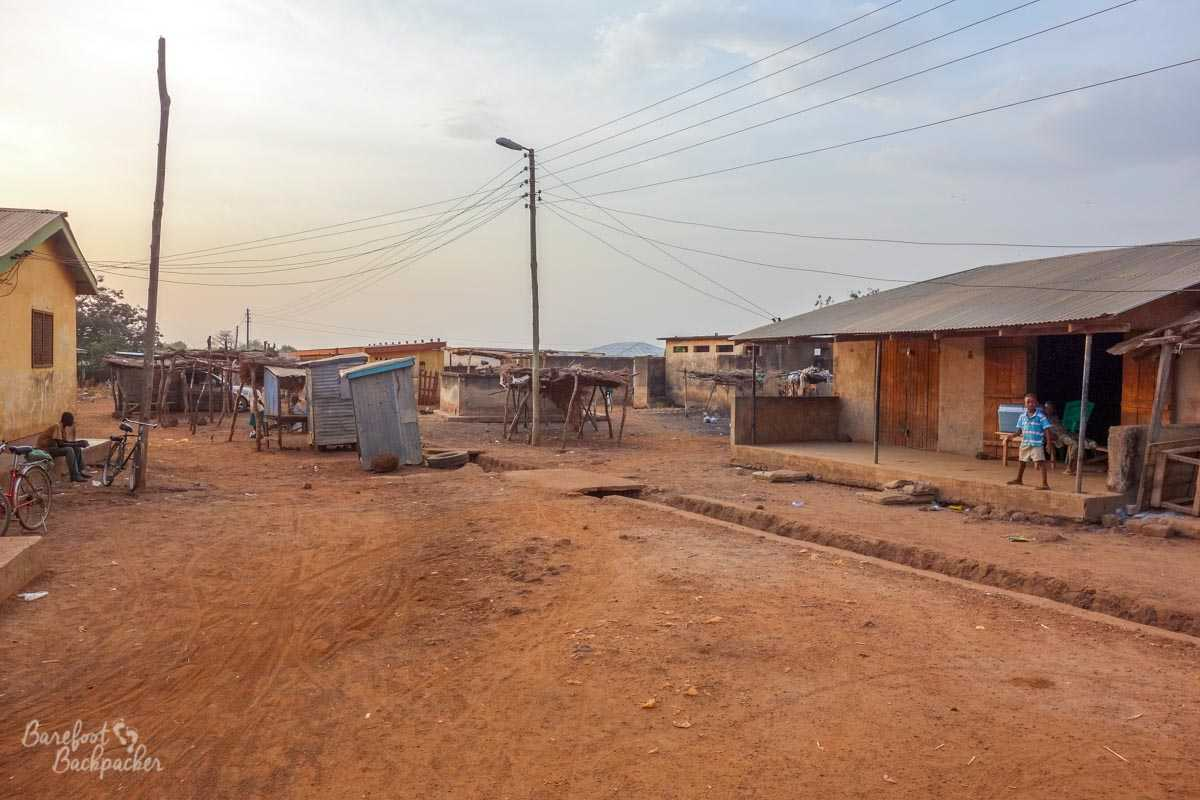 A road between the bus station in Hamile and the border with Burkina Faso.