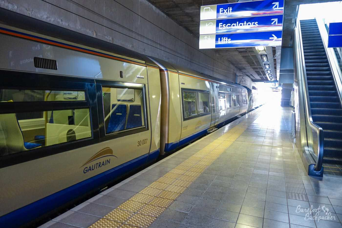 The Gautrain, presumably at Hatfield station.