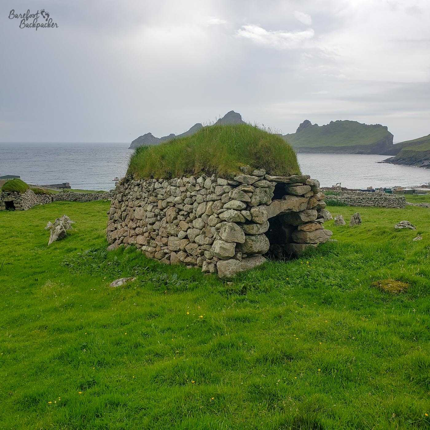 An example of a cleit on Hirta. It looks a bit like a rounded stone tunnel thing.